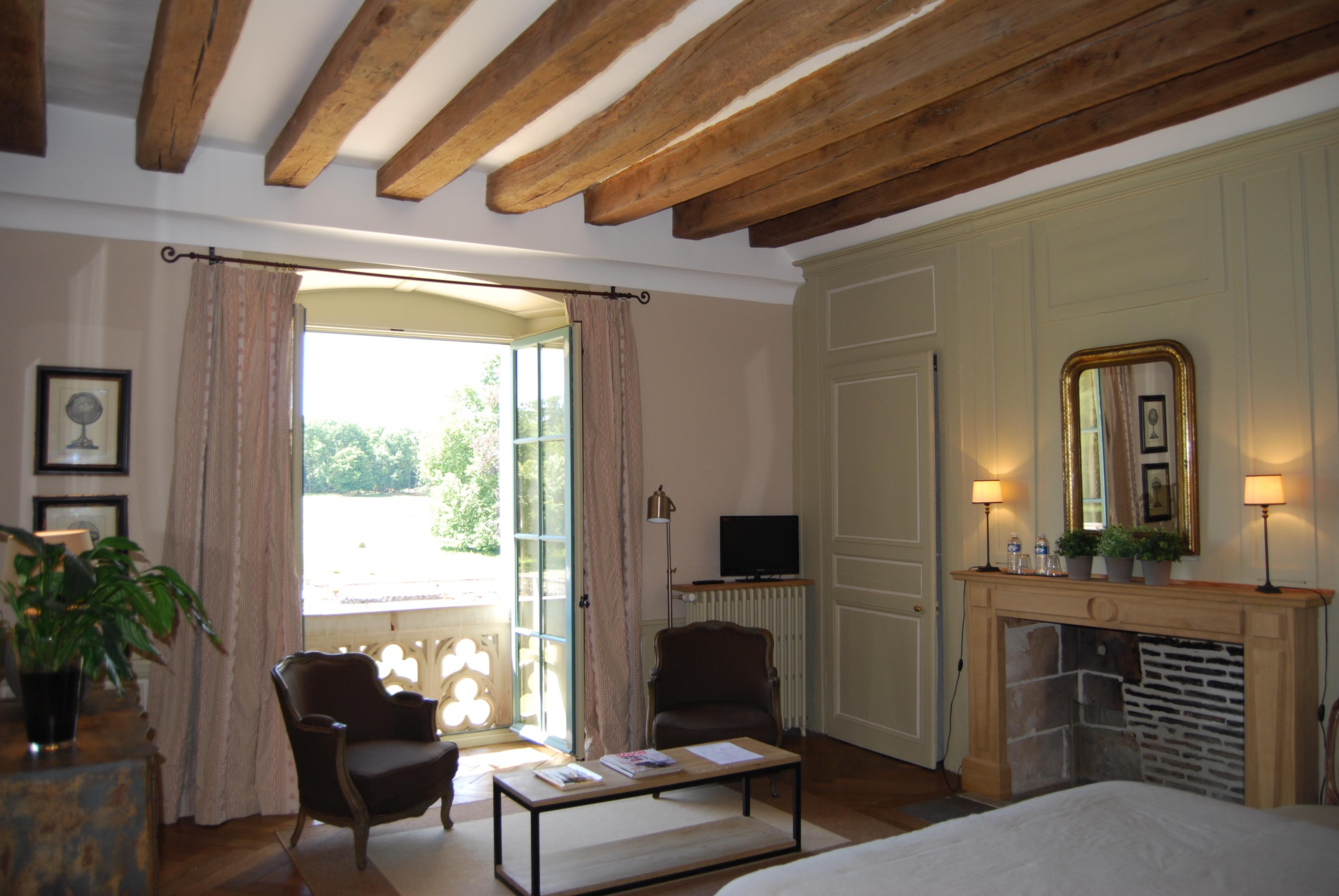 Chambre rose chateau des arpentis for Chambre rose